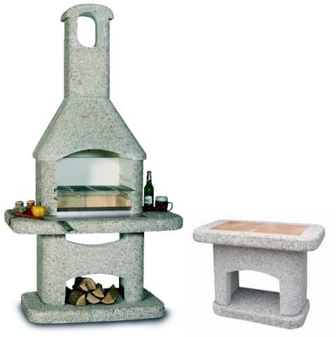 Abgebildetes Grillbesteck, Kaminholz und Dekoration nicht im Lieferumfang enthalten.