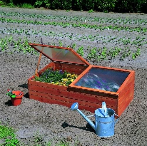Abgebildete Pflanzen und Garten-Utensilien nicht im Lieferumfang enthalten.