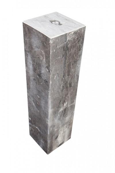Kalkstein Säule, gebohrt, schwarz-grau